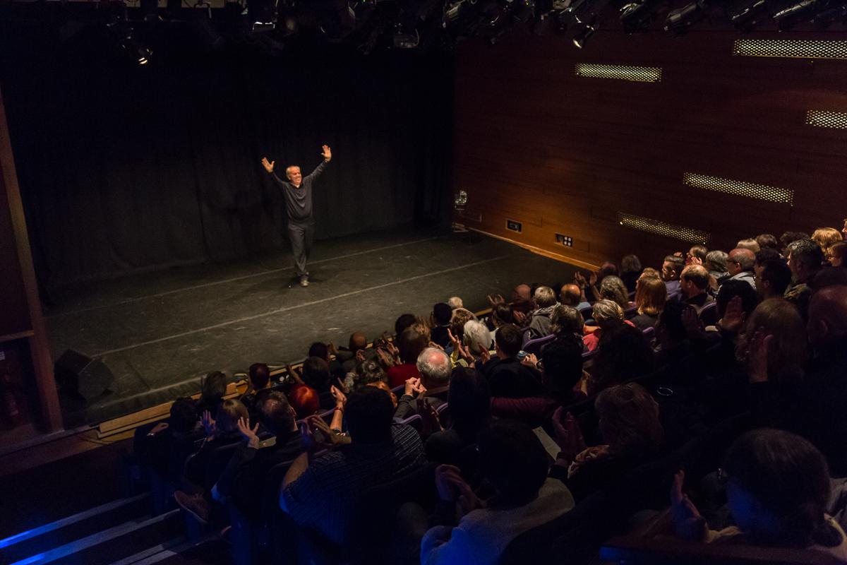 Mario Pirovano on stage, Edinburgh