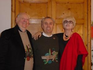Mario insieme a Dario e Franca in casa, 2003